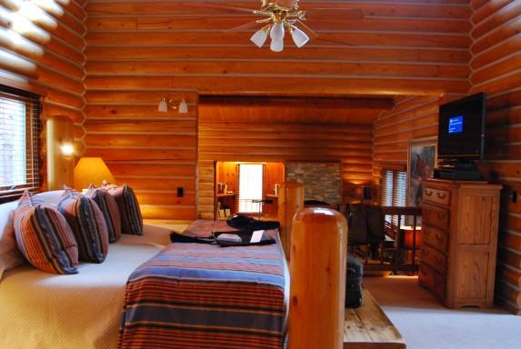 Castle Rock Cabin - Bedroom