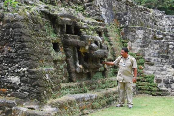 Jaguar Temple at Lamanai Maya Ruins