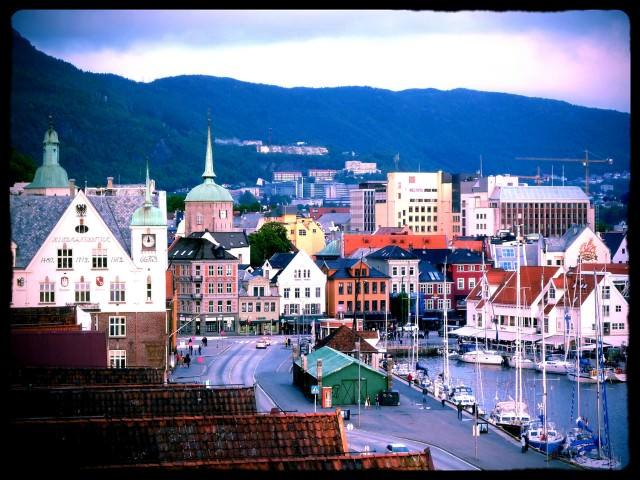 WAVEJourney Travel Tips for Norway - Exploring Bergen