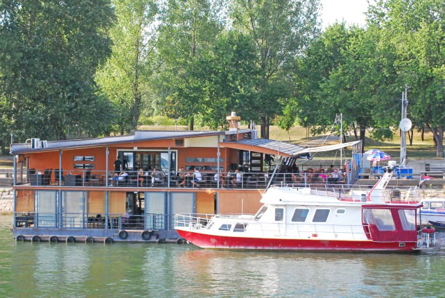 Sava River Floating Restaurant