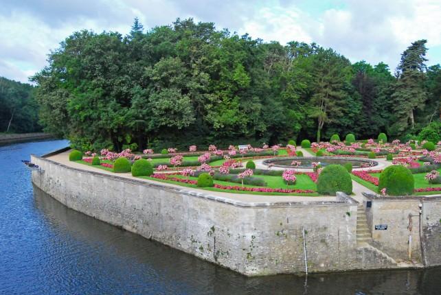 Chateau Chenonceau Garden