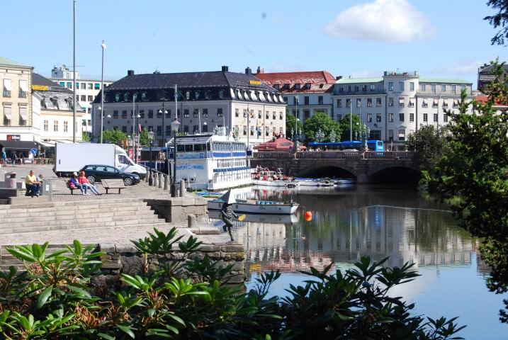 Explore Gothenburg on a Canal Boat Tour