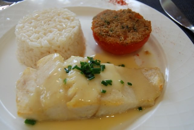 White Fish with Grilled Tomato and Rice Main Course