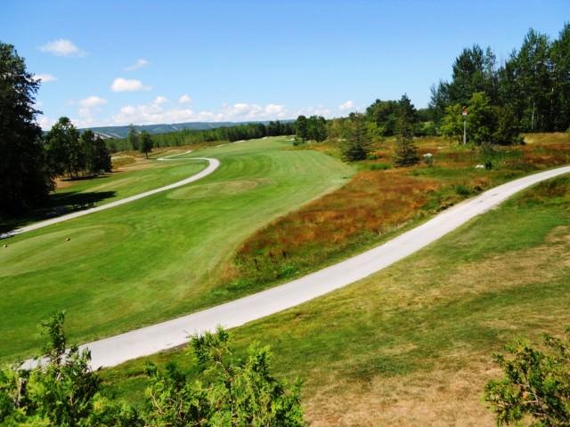 Travel Ontario - Cranberry Golf Club