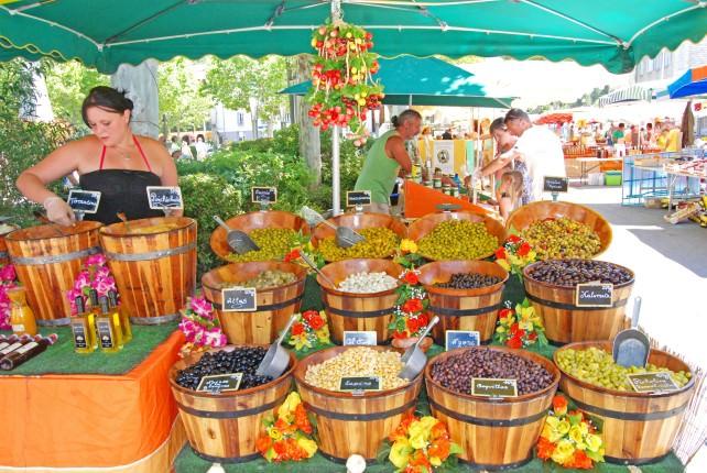 Castellane Market - Olives Galore