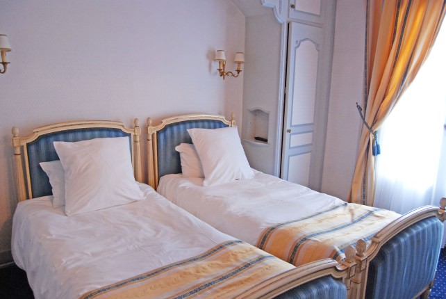 Hotel Gallia and Londres Guest Room