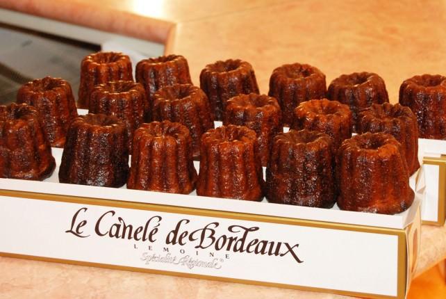 Le Canele de Bordeaux - Local Specialty