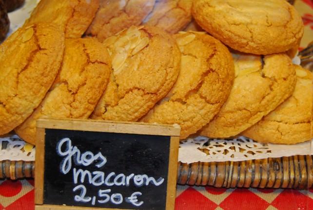 Macaron - Local Specialty