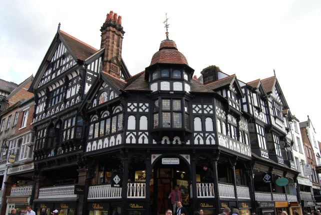 Trafalgar Tours Scenic England – Chester to Liverpool
