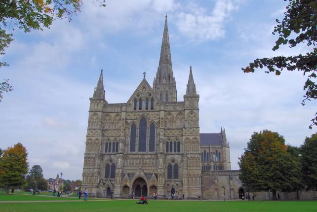 Trafalgar Tours Scenic England – London to Plymouth