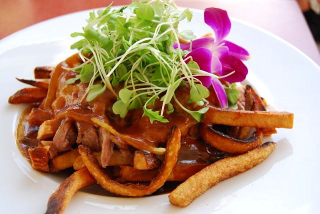 Experience the Local Gastronomic Delights of Quebec City