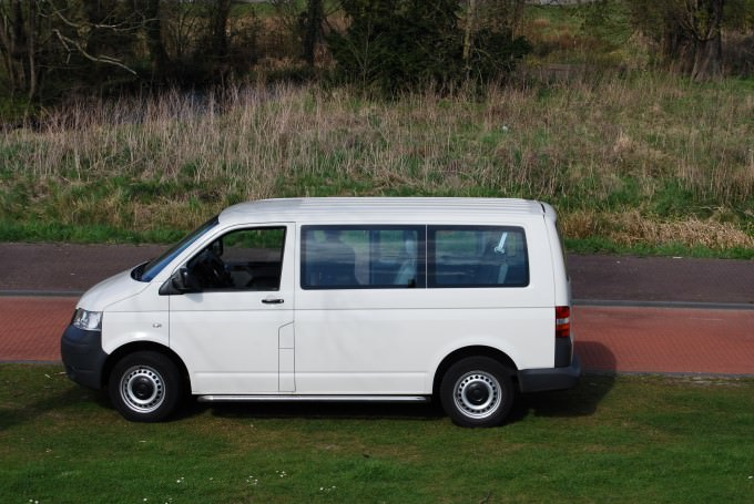 8-Passenger Mini Van Used by Savoir Faire