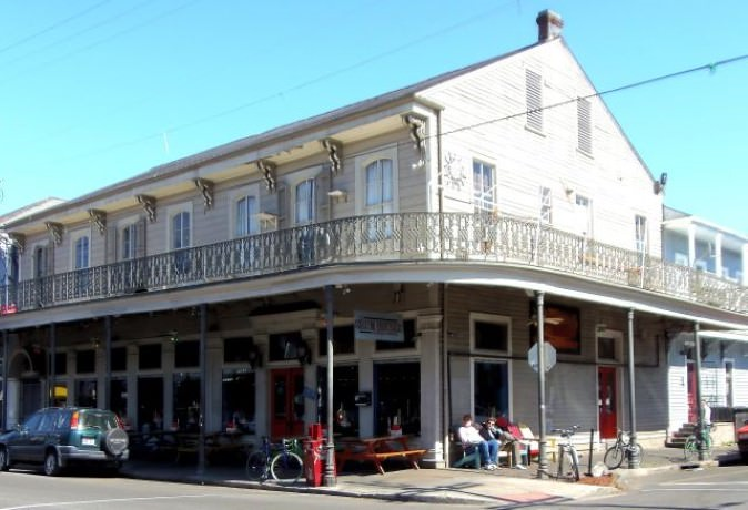 Getaway to New Orleans - French Quarter, Riverwalk, Bourbon Street
