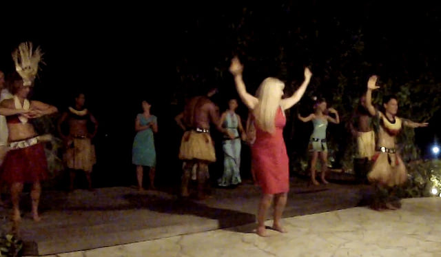 Polynesian Dance in Bora Bora