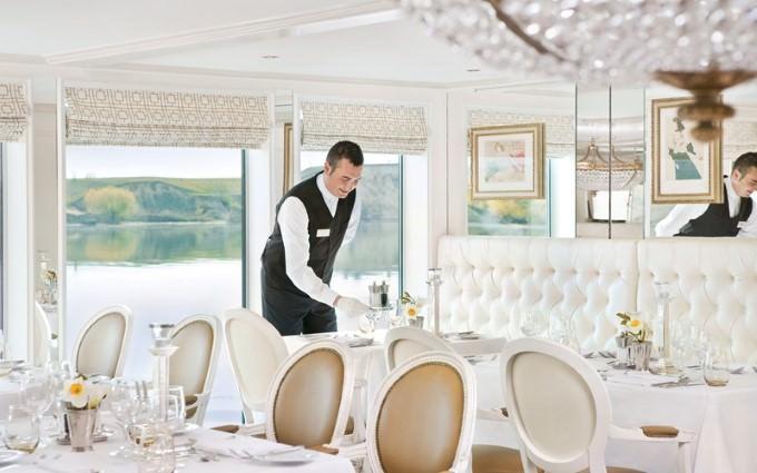 River Countess Savoy Restaurant. Photo Courtesy of Uniworld Boutique River Cruise Collection.