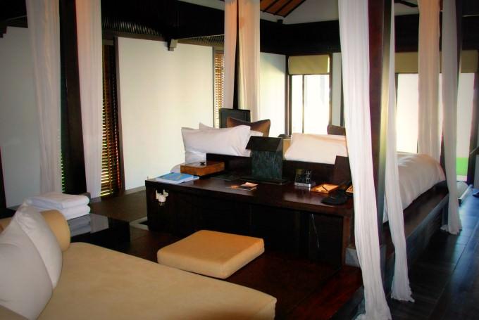 The Nam Hai Villa - Work Desk