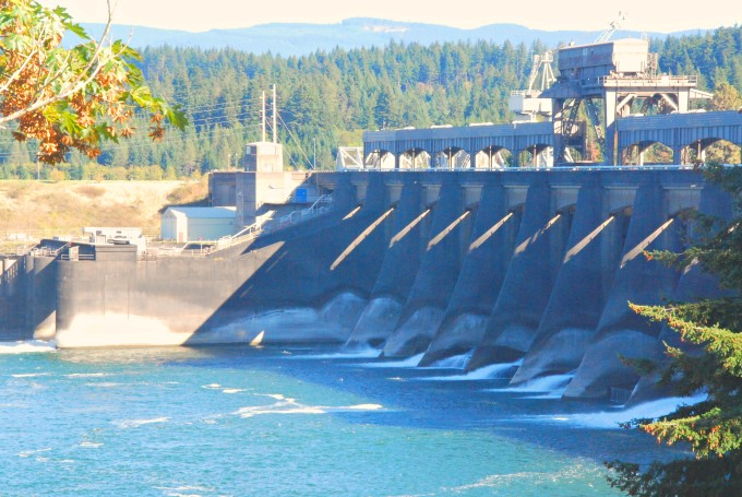 Bonneville Dam - Army Corp of Engineers