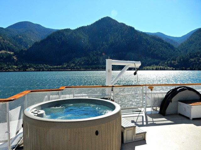 S.S. Legacy - Hot Tub on Deck 4