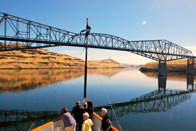 Scenic cruising on the Snake River with Un-Cruise Adventures