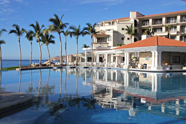 Infinity Pool at Dreams Los Cabos Resort