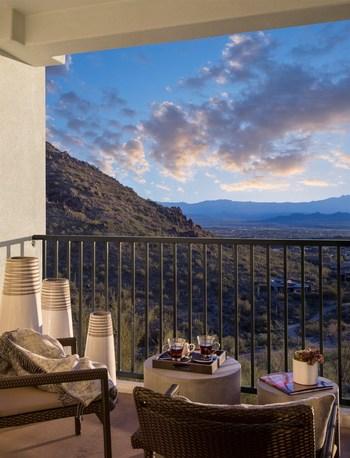 CopperWynd Resort King Room Balcony