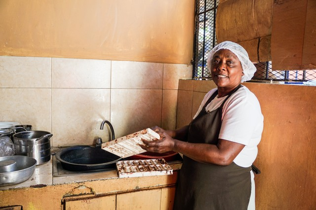 Cacao and Women's Chocalate Cooperative