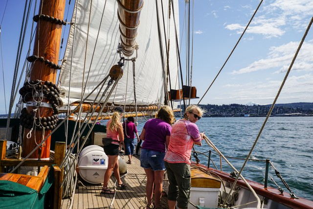 San Juan Sailing on Schooner Zodiac's Nauti-Gals Women's Sailing Adventure