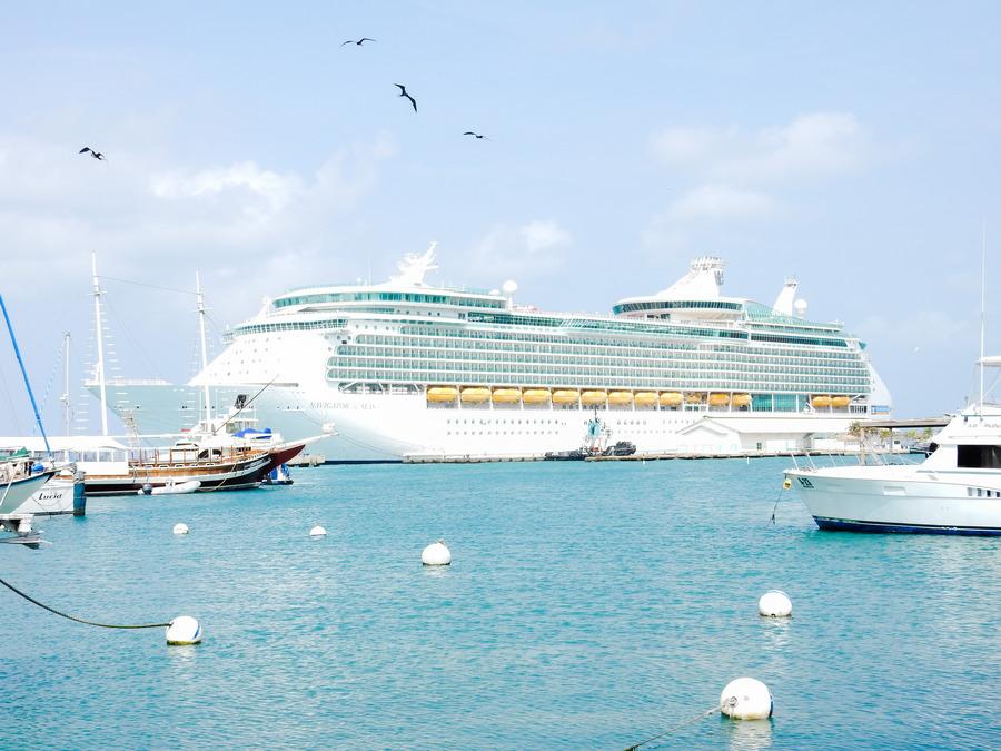 Royal Caribbean Cruise Line - Navigator of the Seas