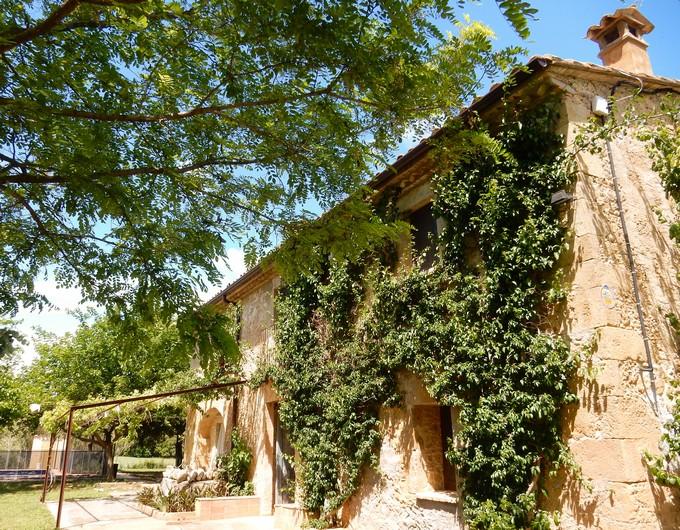 Stay at Mas Talaia Luxury Spanish Villa in Catalonia
