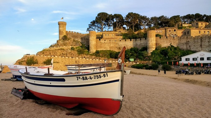 Travel Spain - Discover Girona and Costa Brava in Catalonia