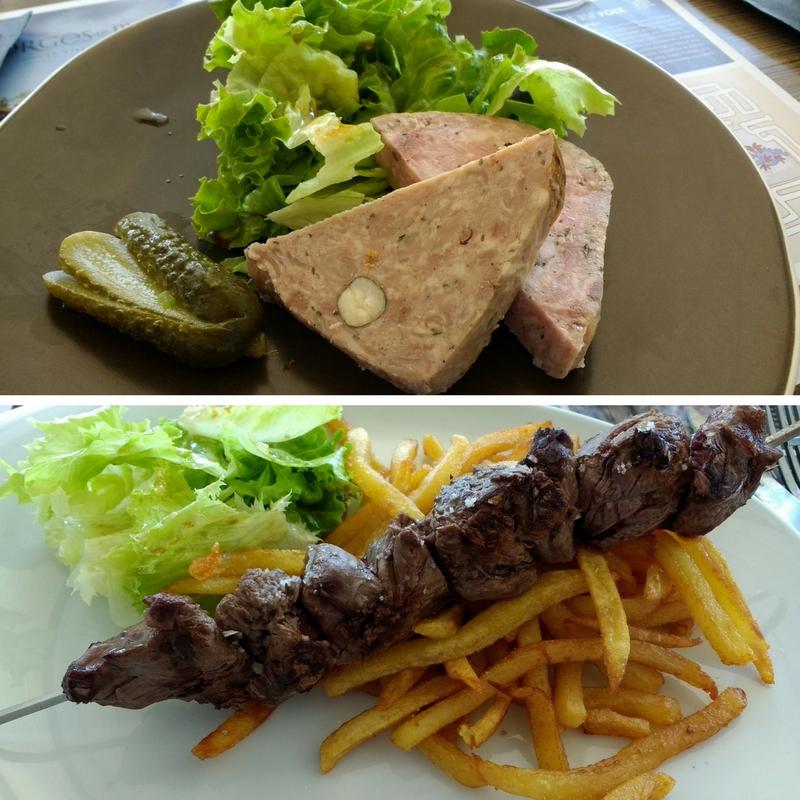 Terrasses de l'Ecogolf bar-restaurant starter and main course.